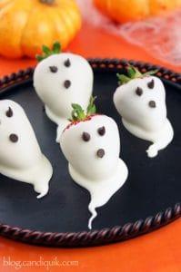 strawberry ghost halloween treats