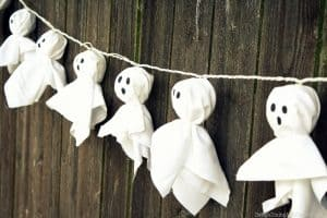 DIY Ghost Lighted Garland